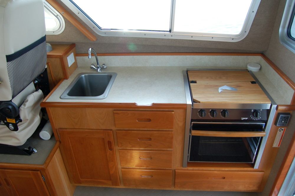 31 Pilot Kitchenette