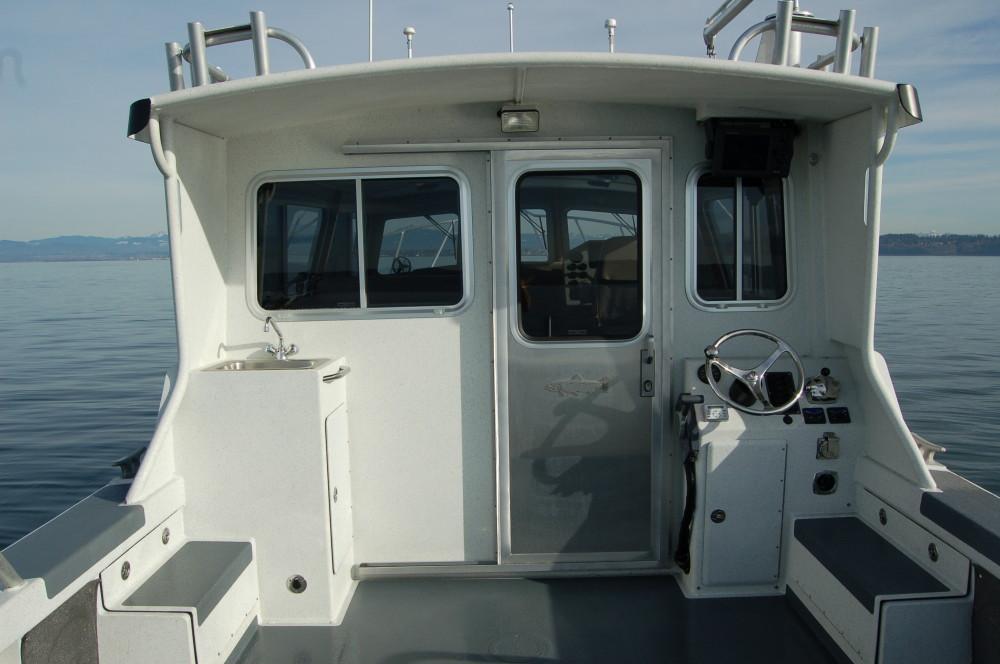 31 Pilot Rear Cabin