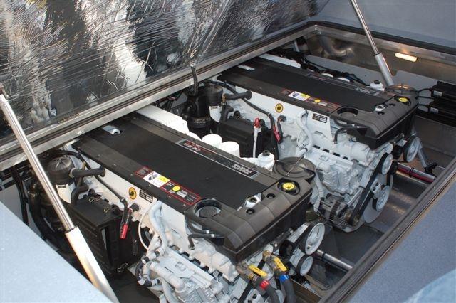 33 Pilot Twin Diesel